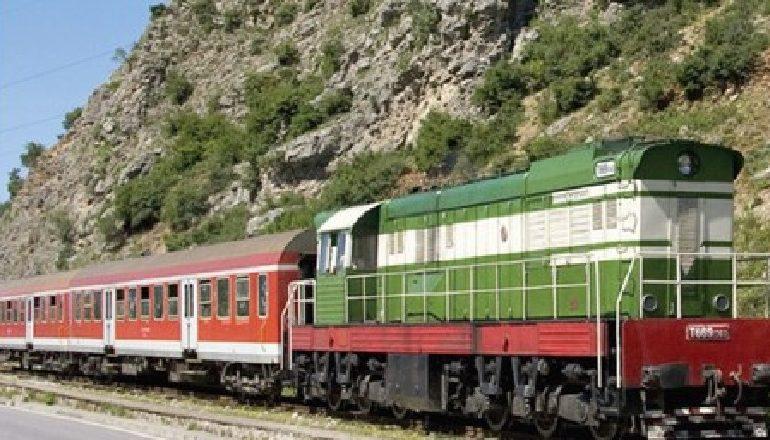 PROJEKTLIGJET/ Ndryshojnë strukturat e sektorit të hekurudhave
