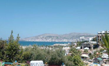 """ANTI-INFORMALITETI/ Tatimet bëjnë bilancin e """"filtrit"""" në Sarandë: 33 hotele të bllokuara"""