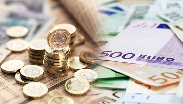 FLUKSI I TURISTËVE FUNDOS EURON/ Këmbehet me 120.75 lekë