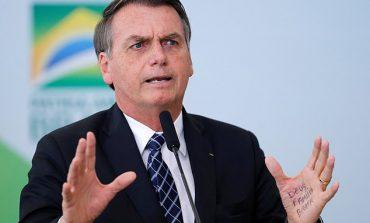 """AMAZONA """"DIGJET"""" NGA FLAKËT/ Presidenti i Brazilit fajëson organizatat jo qeveritare: Kanë vendosur zjarrin për..."""