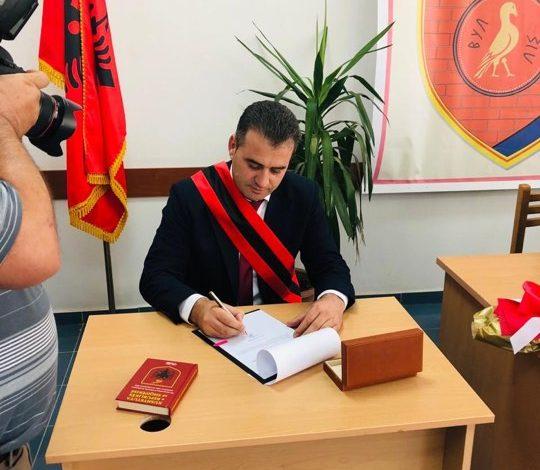 30 QERSHORI/ Kryetari i Bashkisë Mallakastër bën betimin. Konstituohet këshilli i ri bashkiak