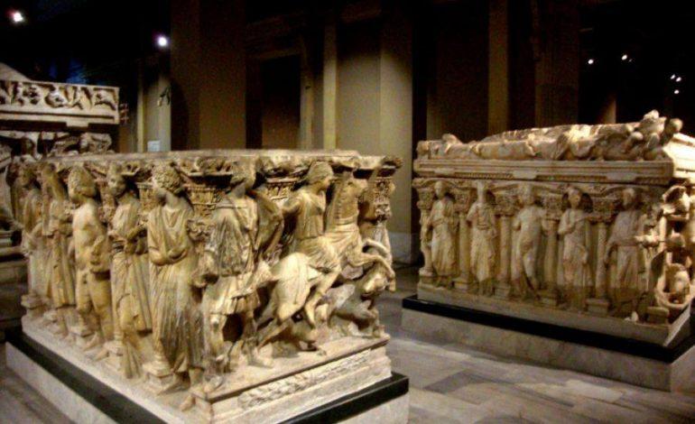 RETROSPEKTIVË/ Sarkofagu i famshem i Durresit, si perfundoi ne Stamboll