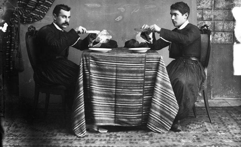 RETROSPEKTIVË/ Mbi një shekull më parë, kur hanim me thikë e me pirun!