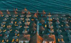 ÇDO GJË NË SIMETRI/ Velipoja, plazhi perfekt në veriun e nxehtë (FOTO)
