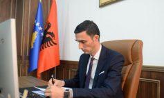 NGRIHEN BARRIERAT E.../ Përplasjet tregtare Kosovë- Maqedoni e Veriut