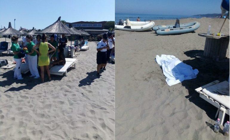 E RËNDË/ Vdes një pushues në plazhin e Spillesë (FOTO+VIDEO)