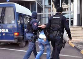 PARANDALOHET VRASJA NË TIRANË/ Si u kap nga policia shkodrani i rrezikshëm i dënuar me 20 vite burg. Kishte me vete…