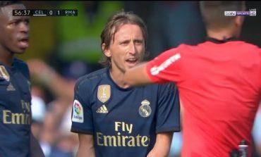 REAL MADRID ME 10 LOJTARË/ Modric ndëshkohet me të kuq, Toni Kroos realizon një kryevepër (VIDEO)