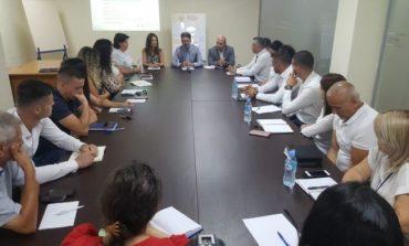 INFORMALITETI/ Bizneset e mëdha në shkelje të ligjit, nis trajnimi i administratës tatimore