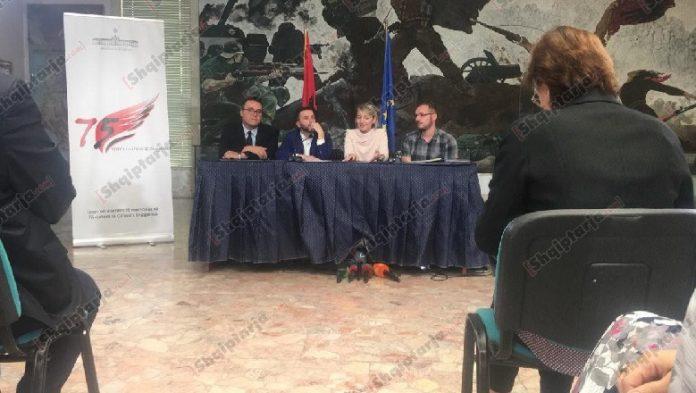 FITUES STUDENTI I AKITEKTURËS/ Zgjidhet logoja për 75- vjetorin e Çlirimit të Shqipërisë