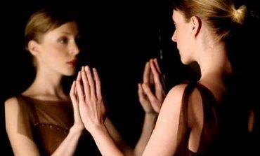 ''DUA TË DISH SA KRENARE JAM PËR TY''/ Letra prekëse e një vajze drejtuar vetes