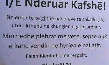 """""""TË NDERUAR KAFSHË...""""/ Njoftimi plot dashuri në hyrjen e pallatit në Tiranë"""
