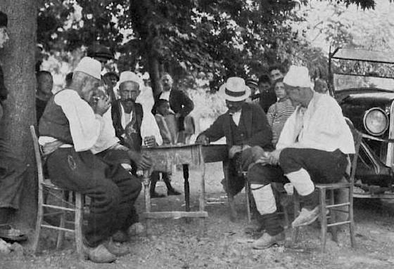 """RETROSPEKTIVË/ 100 vjet më parë, si ishte """"celulari"""" shqiptar"""