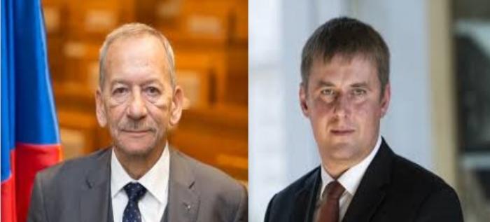 """""""TË TËRHEQIM NJOHJEN E KOSOVËS""""/ Ministri i Jashtëm dhe kreu i Senatit çek kundër presidentit Zeman (DEKLARATAT)"""