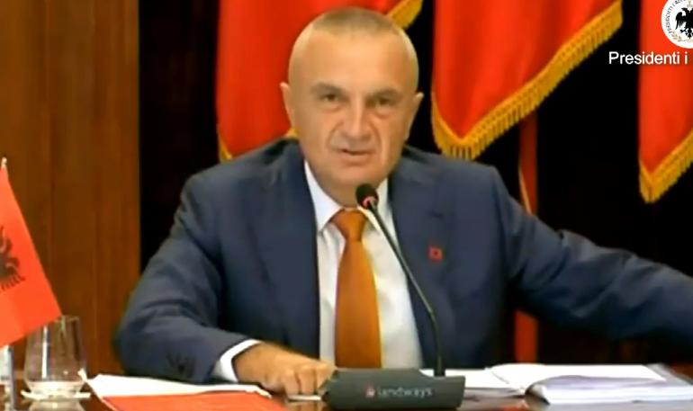 """KONFERENCA/ Meta """"thirrje"""" shqiptarëve: Mos e kini mendjen tek data 11 tetor. Unë s'kam bërë…"""