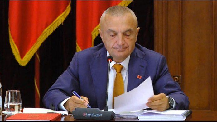 """""""DJEGIA E KUVENDIT""""/ Kuvendi i kërkon Metës informacionin e klasifikuar, Presidenca ja kalon burimit """"sekret"""""""