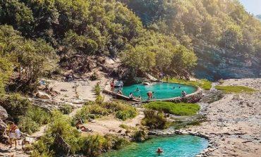 RRETH E RROTULL SHQIPËRISË/ Në Përmet, aty ku ujërat termale të Benjës janë një mrekulli që duhet vizituar