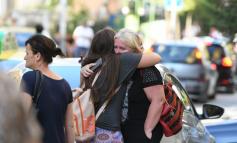 ME LOT NË SY/ Si e përjetuan tërmetin banorët e Tiranës (FOTOT)