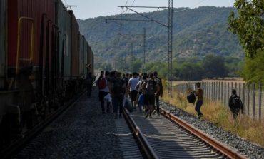 TRAGJIKE/ Refugjati vritet nga treni në Maqedoninë Veriore