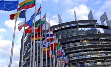 RAPORTI/ Bashkimi Europian: 16% më shumë investime të huaja direkte në Shqipëri
