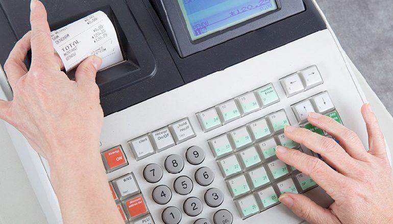 SHTYHET FISKALIZIMI/ Ja afati i ri kur bizneset do të fillojnë të përdorin sistemin e ri të faturimit