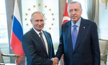 LUFTA/ Putin, Erdogan dhe interesat ruse në Siri. Loja delikate diplomatike në zhvillim
