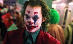 """E RRALLË/ Greqi, të mitur në sallë për të parë """"Joker"""", policia ndërhyn në dy kinema në Athinë"""