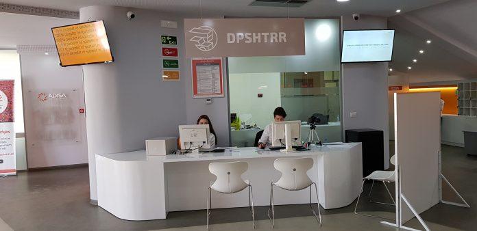 SHIFRAT/ 96,2% e qytetarëve të kënaqur nga shërbimi në sportelet e DPSHTRR
