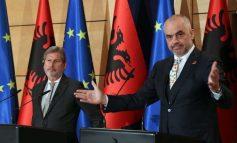 NGA BRUKSELI/ Hahn konfirmon: Shqipëria i ka përmbushur detyrimet; Rama: Ne nuk bëjmë reforma se na i kërkon BE, por sepse na...