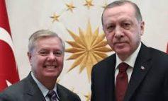 LUFTA/ Politikani republikan amerikan kërcënon Erdogan: Ne do ta shtypim, do ta dëbojmë atë nga Siria!