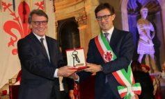 """""""BLLOKIMI I NEGOCIATAVE GABIM I MADH""""/ Kreu i PE deklaratë të fortë kundër Francës: Shqiptarët që ndodhen në Itali po kthehen..."""