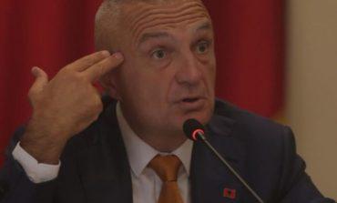 """""""ZËRI I AMERIKËS"""": Ilir Meta fut në kaos Gjykatën Kushtetuese, tani duket se nuk ka rrugëdalje"""