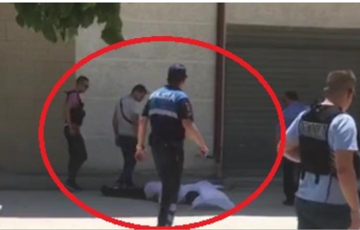 TRONDITET QYTETI I KAVAJËS/ Vritet një person DHE plagoset një POLIC