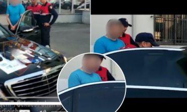 """""""IU VRA SHOKU NË TAVOLINË""""/ Kush është i riu që u kap sot me super """"Benz"""", u arrestua me… (FOTO)"""