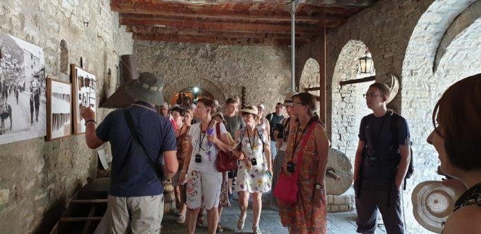 SHIFRAT/ 11 turistë vizituan muzetë e Beratit vetëm gjatë shtatorit