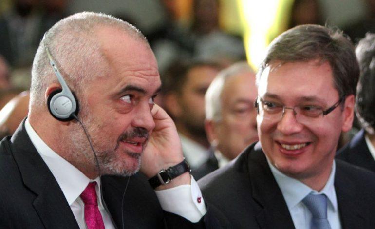 """""""SCHENGENI BALLKANIK""""/ Rama mbërrin në Serbi, takime me Vuçiç dhe Zaev"""