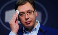 PROVOKON RËNDË SHQIPTARËT/ Vuçiç: Nobelin për Handken Serbia e përjeton si për vete!