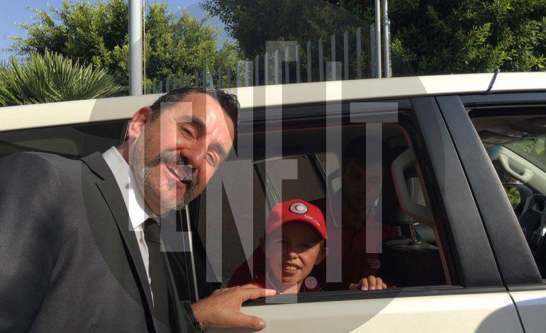 """ALVIN BERISHA """"PUSHTON"""" MEDIAT E HUAJA/ Gazetari i """"Le Iene"""" krah vogëlushit shqiptar: Gati për hyrë në Itali (FOTOT)"""