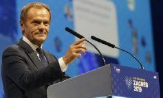 """""""JU FALENDEROJ PËR...""""/ Donald Tusk në krye të partive më të mëdha të krahut të djathtë europian me 93% të votave"""