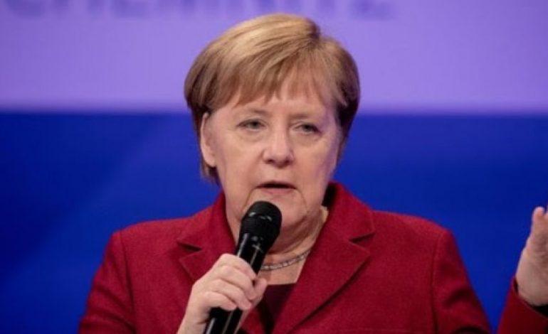 ME RASTIN E 30-VJETORIT/ Merkel: Vlerat që mbajnë themelet e Europës duhet të…