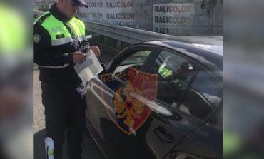 """AKSION """"BLIC"""" NË AKSET PROBLEMATIKE/ Policia Rrugore arreston tre shoferë, pezullon 29 leje drejtimi"""