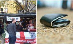 """""""KISHA 500 PAUND DHE...""""/ Tifozit britanik i humb portofolin në Prishtinë, befasohet nga gjesti i madh! (FOTO)"""