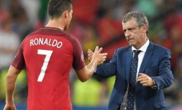 """""""KRIS ËSHTË FUTBOLLISTI MË I MIRË""""/ Trajneri i Portugalisë nxjerr blof Juventusin: Ronaldo nuk është i dëmtuar"""