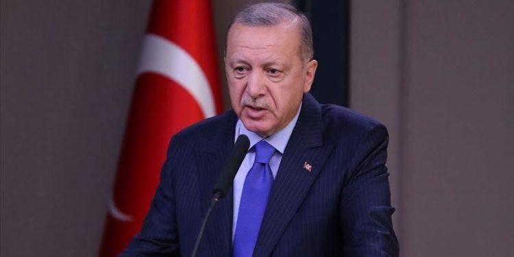 """""""SI VËLLEZËR""""/ Erdogan: Do ndërtojmë 500 banesa për banorët e prekur nga tërmeti në Shqipëri"""