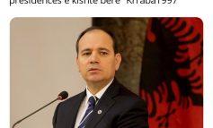 MEME/ Treshja Meta-Berisha-Nishani: Të gjithë të korruptuarit që nuk kalojnë Vetingun, të bëhen anëtarë të Gjykatës Kushtetuese