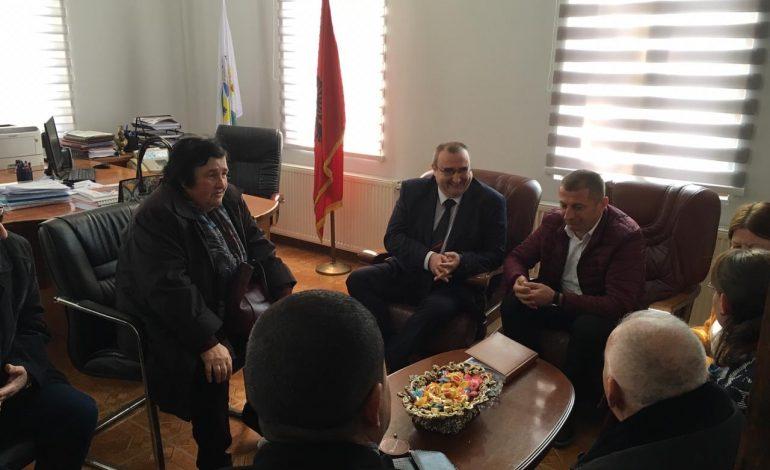 """""""NE ISHIM PRANË JUSH PËR TËRMETIN""""/ Ambasadori bullgar: Dy grupe inxhinierësh në Shqipëri, ditën e parë siguruam 100 mijë euro"""