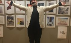 PIKTURAT PËR TËRMETIN E 26 NËNTORIT/ Agim Sulaj bashkon 45 artistë nga bota