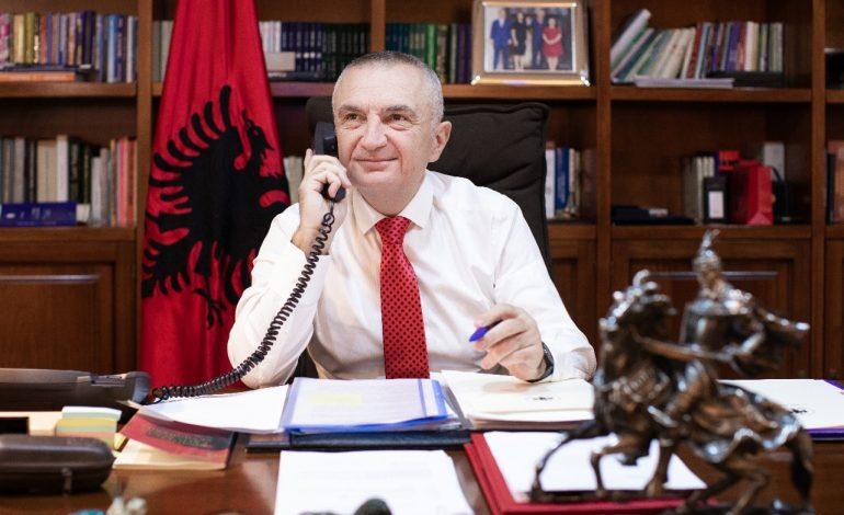 """""""VESI DEL ME SHPIRTIN""""/ Një ditë pas tërmetit, Ilir Meta porositi 17 milionë lekë mobilje e zbukurime për zyrën e tij (FOTO)"""