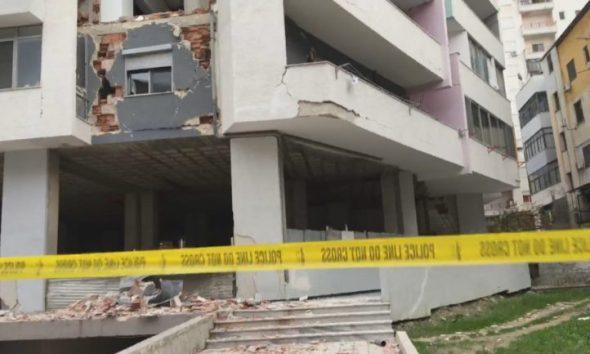 LEZHË/ 51 pallate e 264 shtëpi të pabanueshme, 1305 banorë të strehuar në hotele