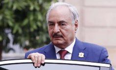 SHANTAZHI I KHALIFA HAFTAR/ Mbyll portet e naftës në Libi. Kush është 'burri i fortë' që po sfidon Moskën dhe Ankaranë?